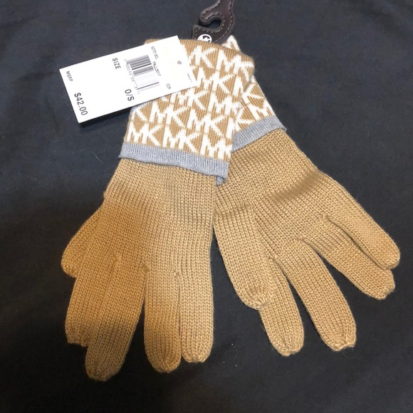 MICHAEL Michael Kors Accessories - Michael Kors Gloves